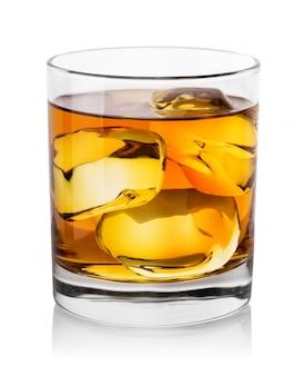 Виски с кубиками льда