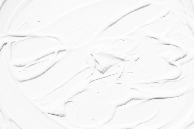 ストロークの白い抽象的な塗料