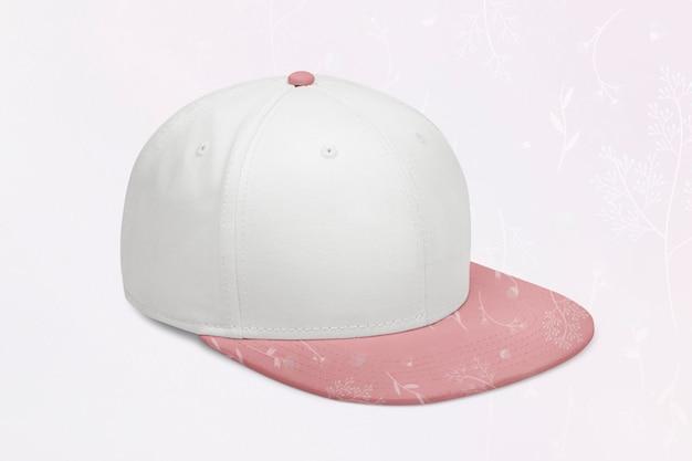 Бело-розовая шапка, головной убор