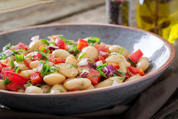 White bean cannellini salad. vegan salad.
