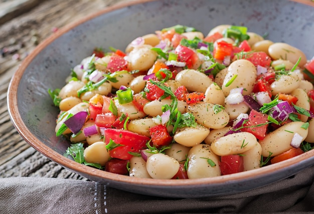 White bean cannellini salad. vegan salad.
