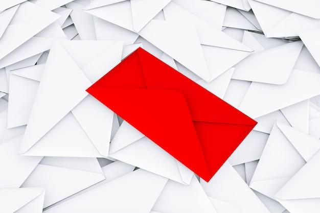 白い背景の中央に赤いものと白い空白の封筒の文字のヒープ。 3dレンダリング