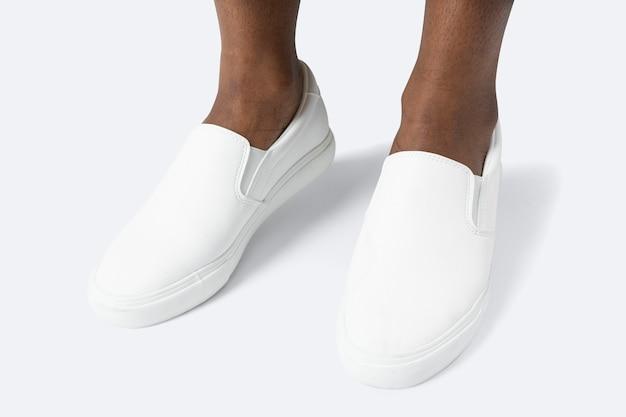 ホワイトキャンバススニーカーメンズシューズファッション