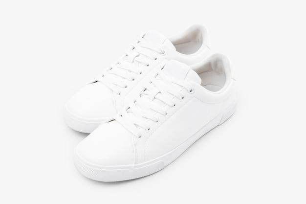 Sneakers in tela bianca moda calzature unisex