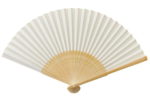 Белый китайский вентилятор, изолированные на белом.