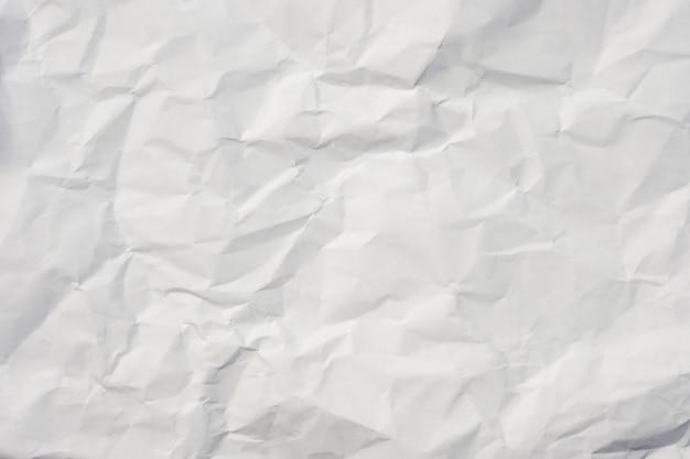 白いしわくちゃの紙の背景