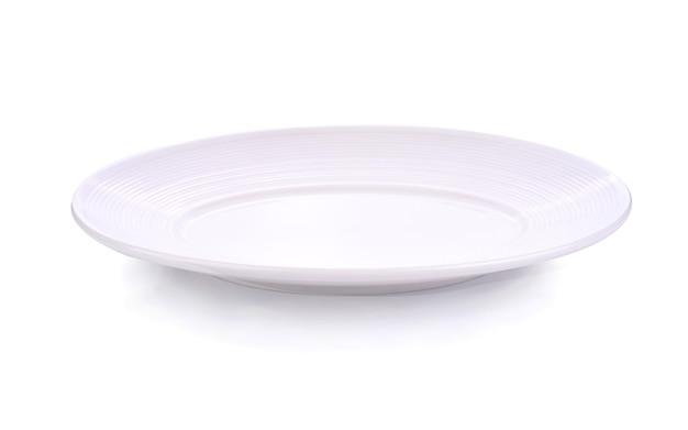 Пустое белое блюдо на белом