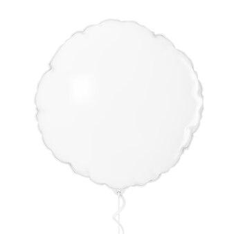 白い背景の上の白いホイルバルーンモックアップ。 3dレンダリング