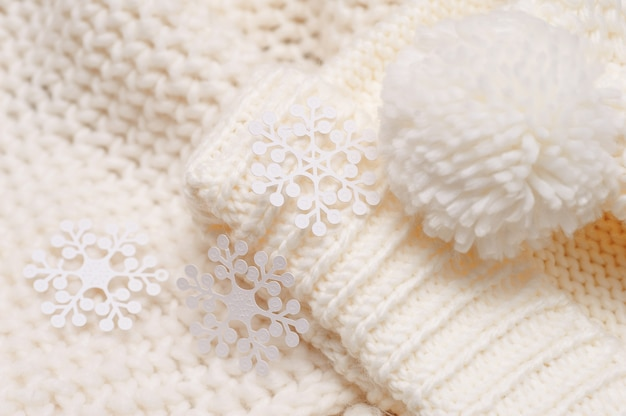 White knitted hat and scarf  texture