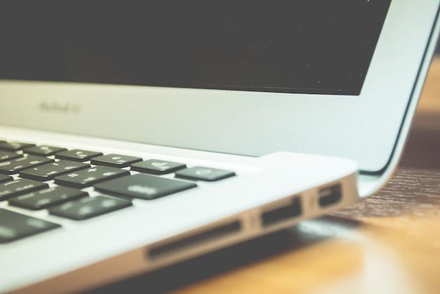 White laptop macbook air