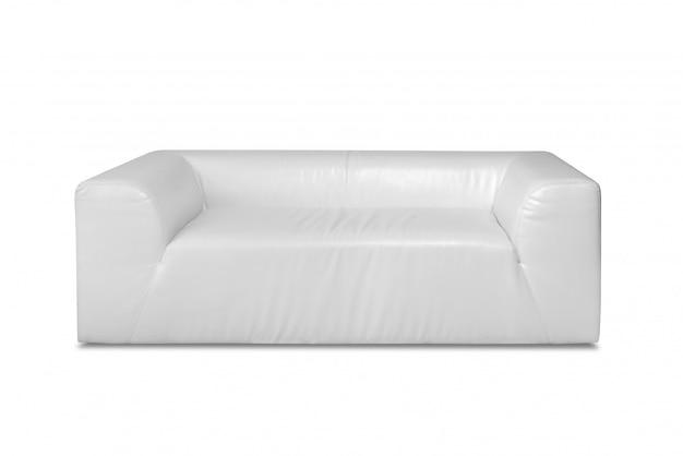 白で隔離される白い革モダンなソファ