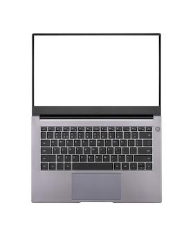 흰색 배경에 격리된 열린 노트북 화면을 흰색으로 조롱하여 위쪽 보기를 닫습니다.