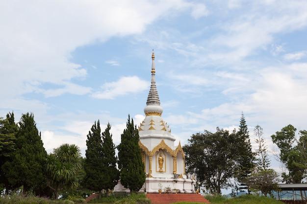 Белая пагода