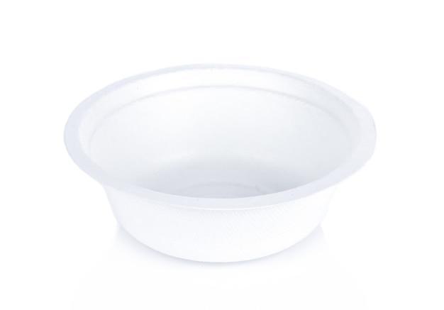 白い背景の上のホワイトペーパーボウル