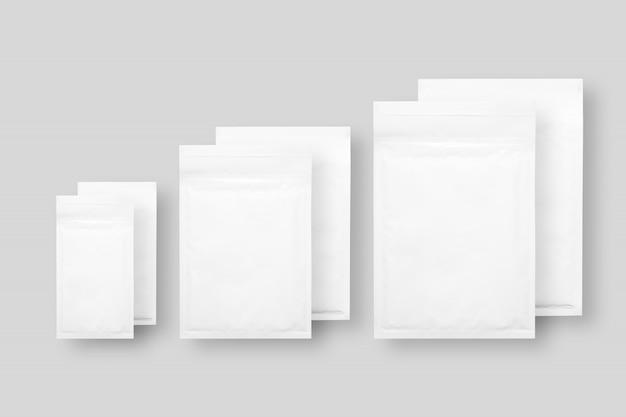 分離したホワイトペーパーバブル封筒
