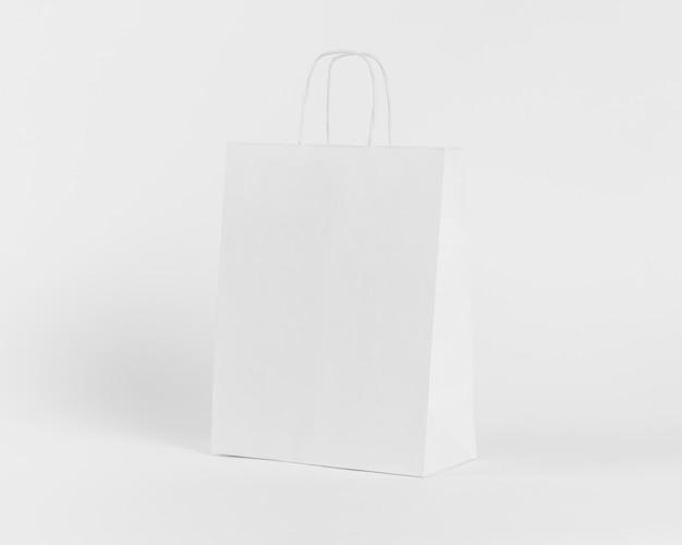Borsa shopper in carta bianca per lo shopping