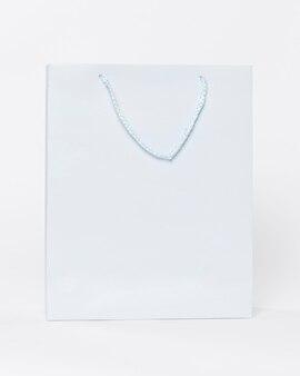 ショッピング用ハンドル付きホワイトペーパーキャリーバッグ