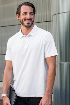 ホワイトポロシャツストリートスタイルメンズウェアファッションアパレル撮影