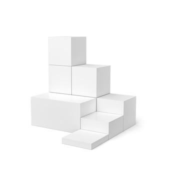 キューブ型の白い壁に白い製品ディスプレイとボックス台座。