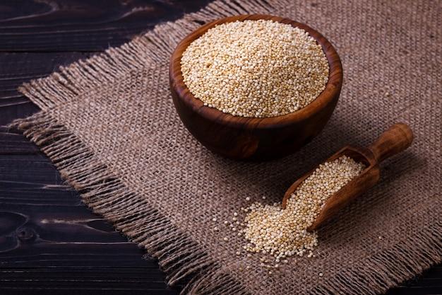 White quinoa seeds