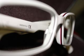 White and red glasses