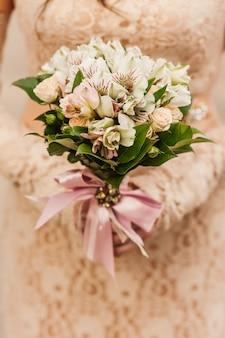 White roses bride bouquet