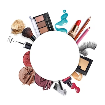 White round copy space on set of beauty products  flat laytop view