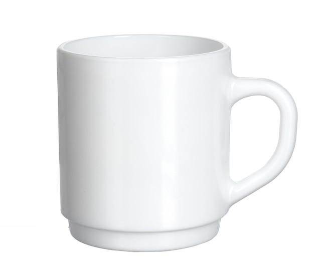 白い背景に分離された白いティーカップ