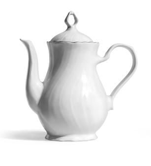 Белый чайник, изолированные на белом фоне