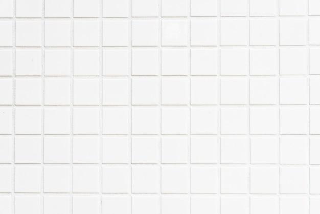 흰색 타일 벽