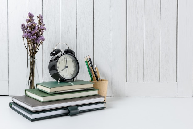 White wooden vintage wall. back to school con