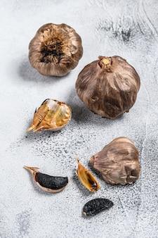 バルサミコ酢で発酵させた黒にんにく