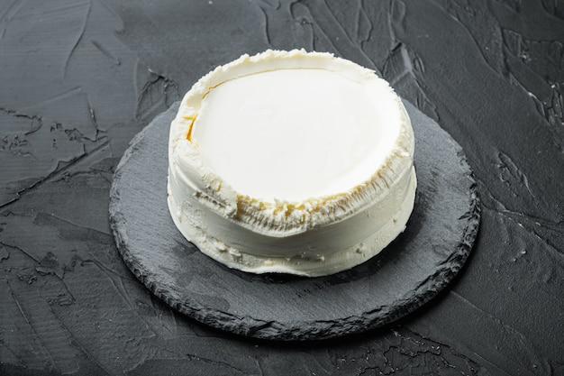 신선한 리코 타 치즈, 스톤 보드, 블랙