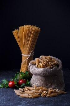 Цельнозерновые сушеные спагетти