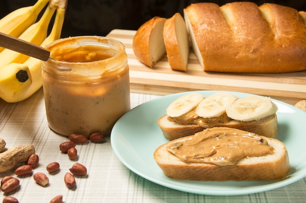 Wholegrain sandwiches with homemade unsweetened peanut butter.