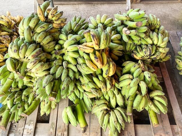 시장에서 건강을 위한 도매 바나나 과일