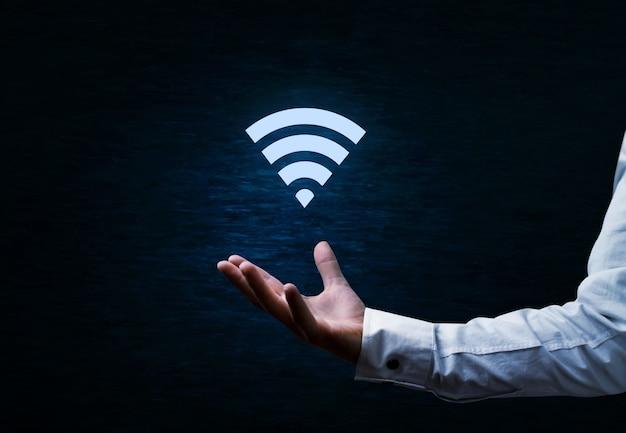 Символ wi-fi на синем фоне