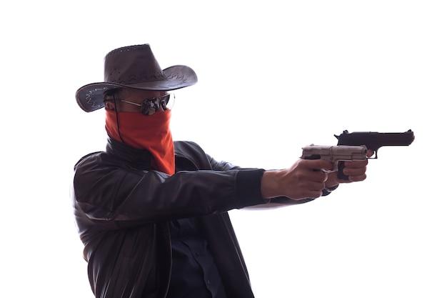 무기와 빨간 마스크와 와일드 웨스트 카우보이