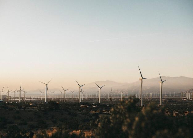 Ветряки в пустыне палм-спрингс, сша