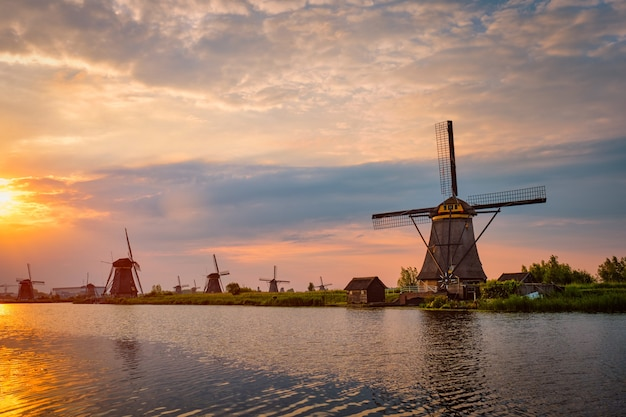 オランダオランダのキンデルダイクの風車