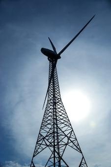 美しい風景、cloudscapeの風車。