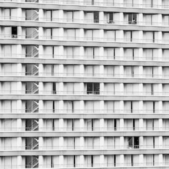 Window building pattern