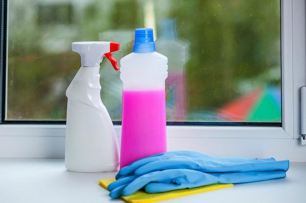 Жидкость для мытья окон
