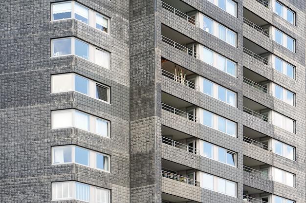 れんが造りの建物のテクスチャの窓。抽象化。