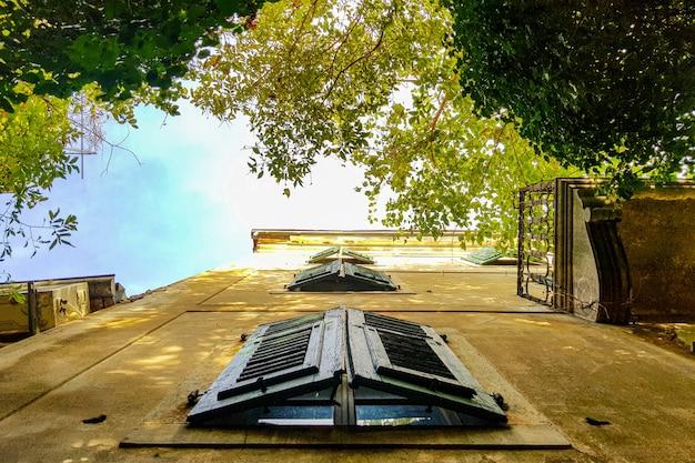 古い宮殿の窓