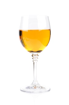 白で隔離のワイングラス
