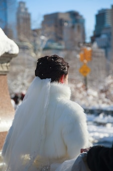Winter bride bride in the winter against the backdrop of new york centralpark