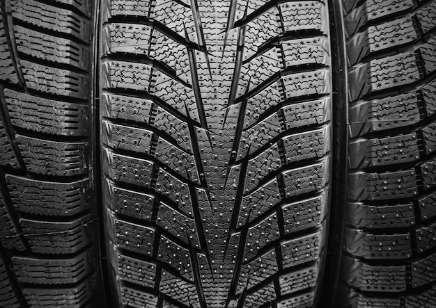 冬用車のタイヤ