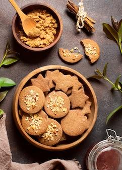 冬のクッキーのデザートとジャム