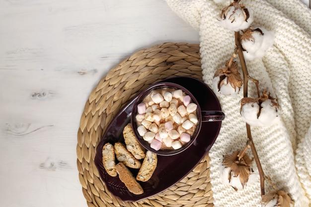 冬のホットチョコレートフラットレイ